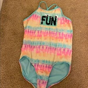 A Nice fun bathing suit with sequence